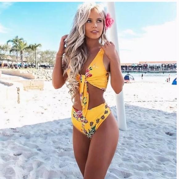 59644d47aeae2 Minimalism Swim   Tie Knot Front High Waist Thong Bikini Set Floral ...
